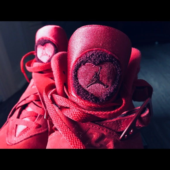 new product 88f46 1a0a1 Wmns Air Jordan 8 Retro 'Valentine's Day'